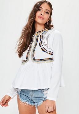 Bestickte Bluse mit Peplum in Weiß