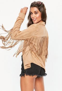 Camisa con flecos de antelina en marrón