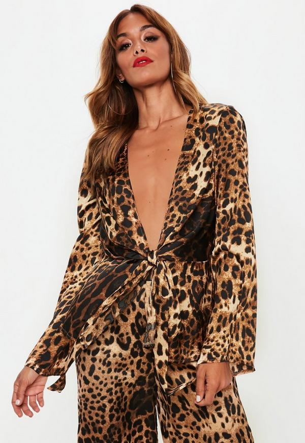 5f7ca1f27d3f Green Flare Sleeve Palm Print Bodysuit | Missguided