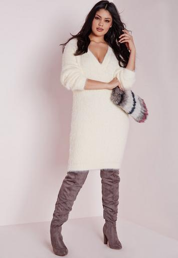 Plus Size Oversized Fluffy Sweater Cream Missguided