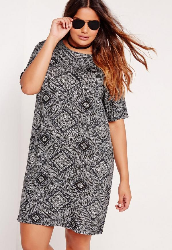 Plus Size Tile Print T-Shirt Dress Black