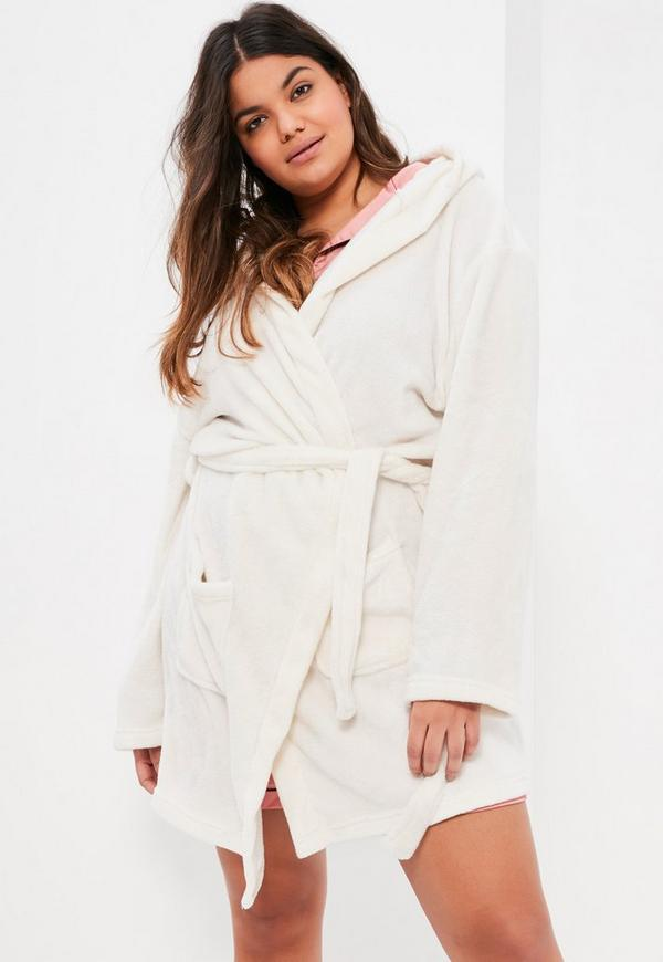 Plus Size Cream Soft Fleece Dressing Gown Missguided