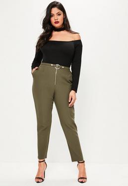 Spodnie cygaretki z zamkiem i ozdobnym paskiem z kółkiem z przodu w kolorze khaki Plus Size