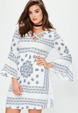 Vestido talla grande con escote entrelazado en blanco
