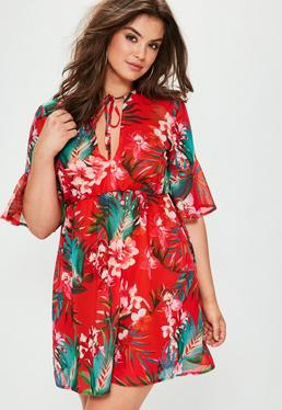 Czerwona sukienka mini w kwiatowe wzory Plus Size
