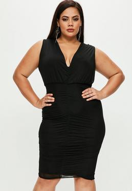 Vestido talla grande con fruncidos de transparencias en negro