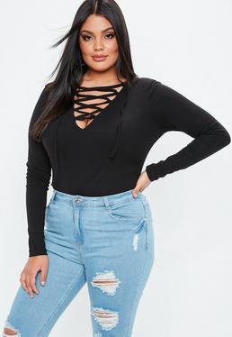 Body talla grande de canalé con entrelazado en negro