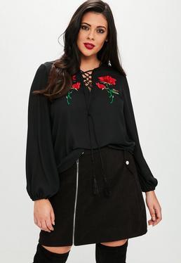 Plus Size Czarna zdobiona bluzka