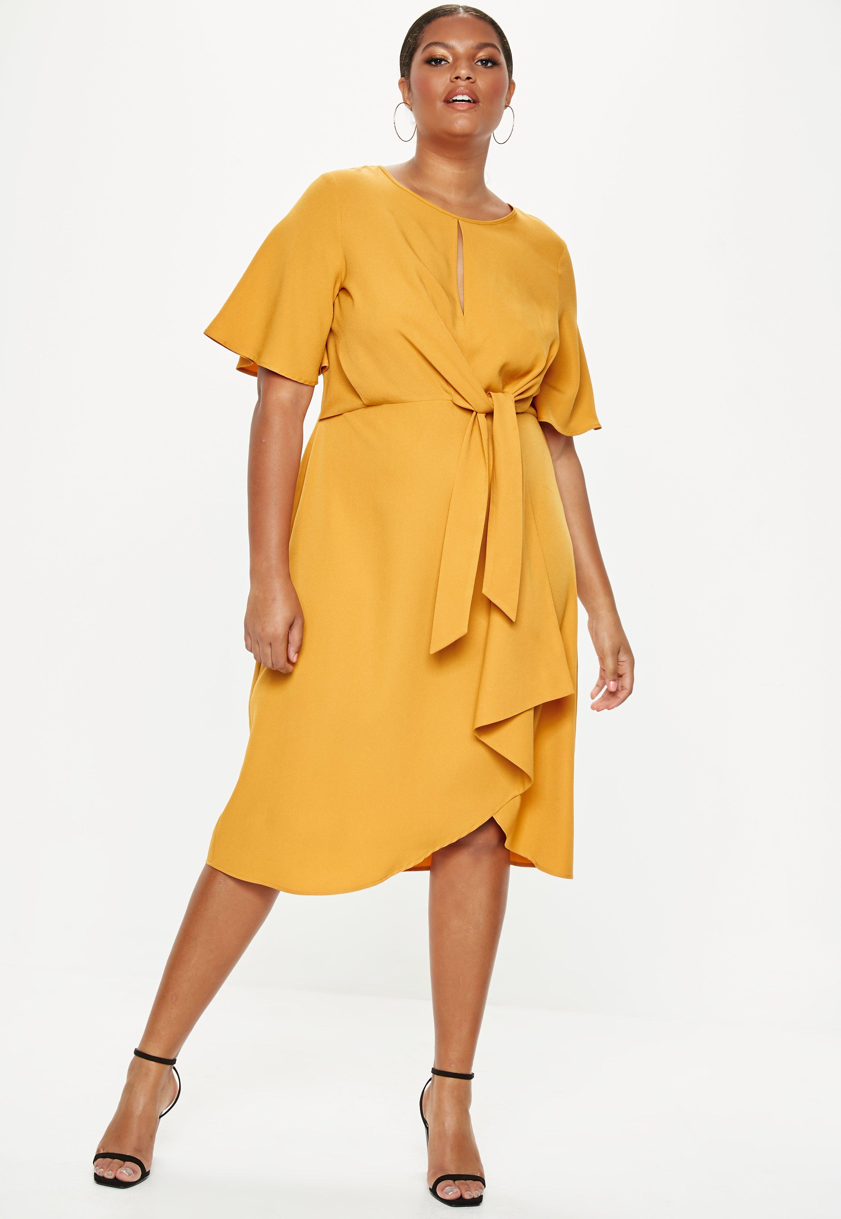 Plus Size Yellow Knot Front Midi Dress | Missguided