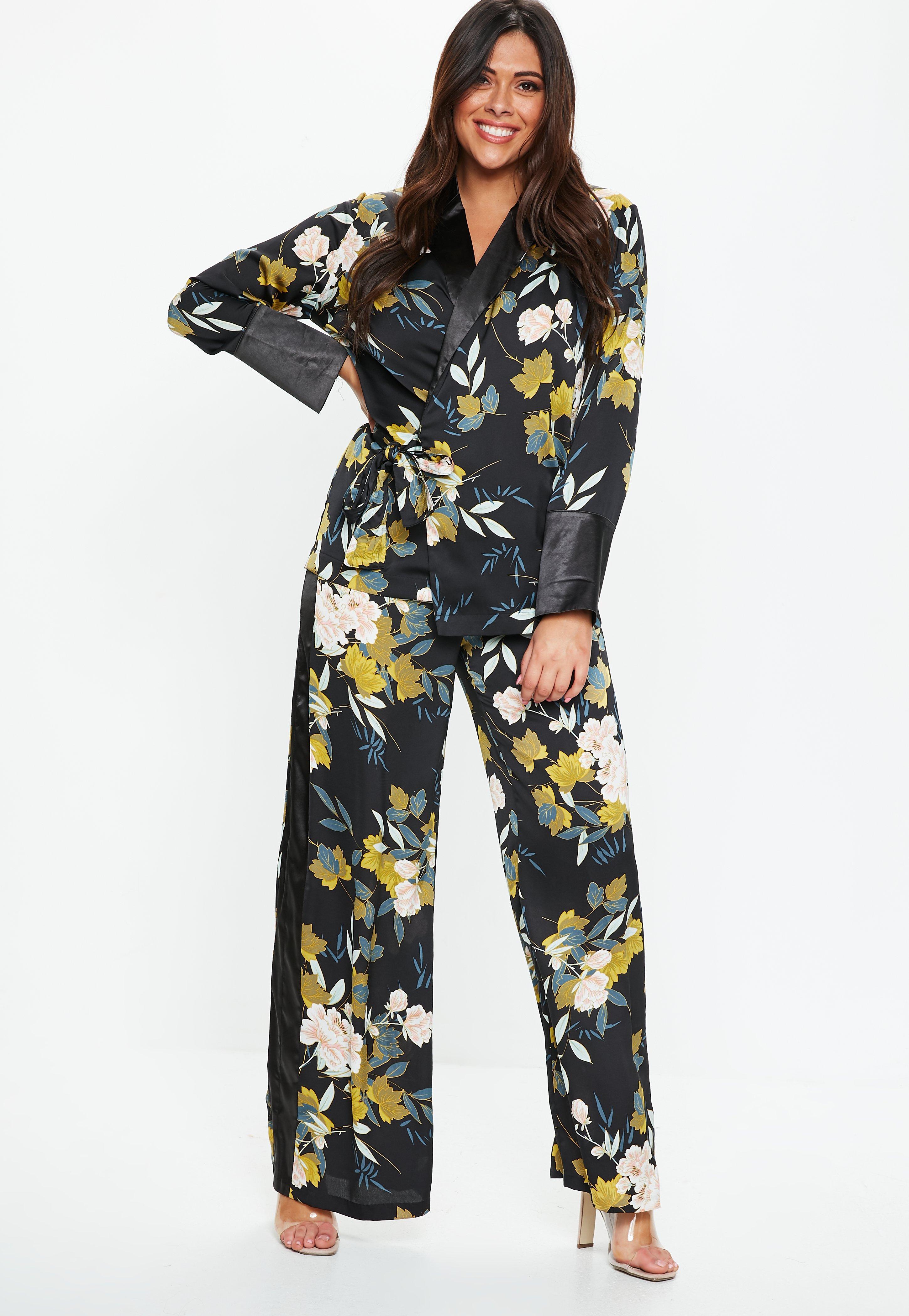 348e082138 Plus Size Floral Print Wide Leg Side Stripe Pants   Missguided