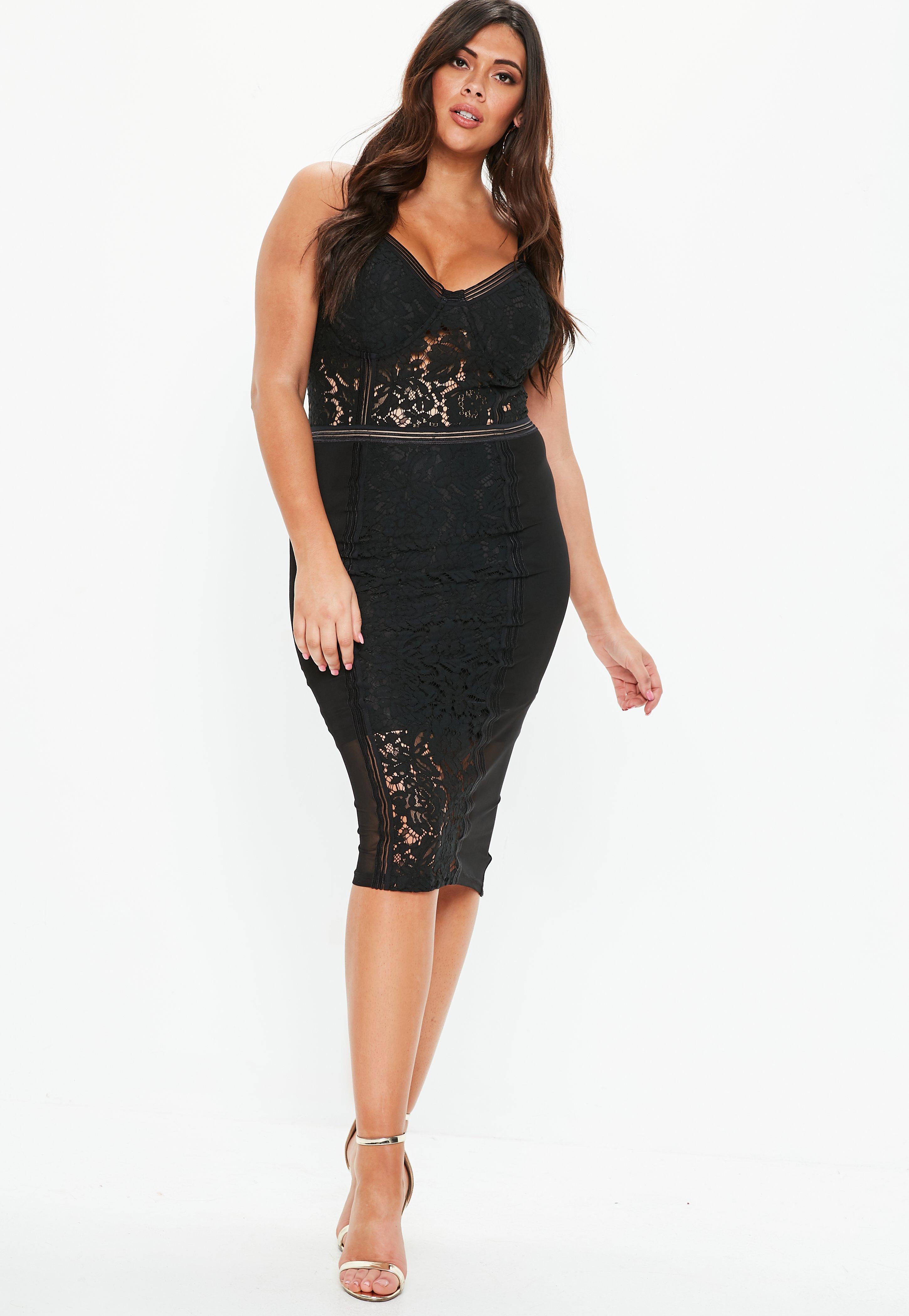 7b6020a696 Plus Size Czarna koronkowa sukienka midi