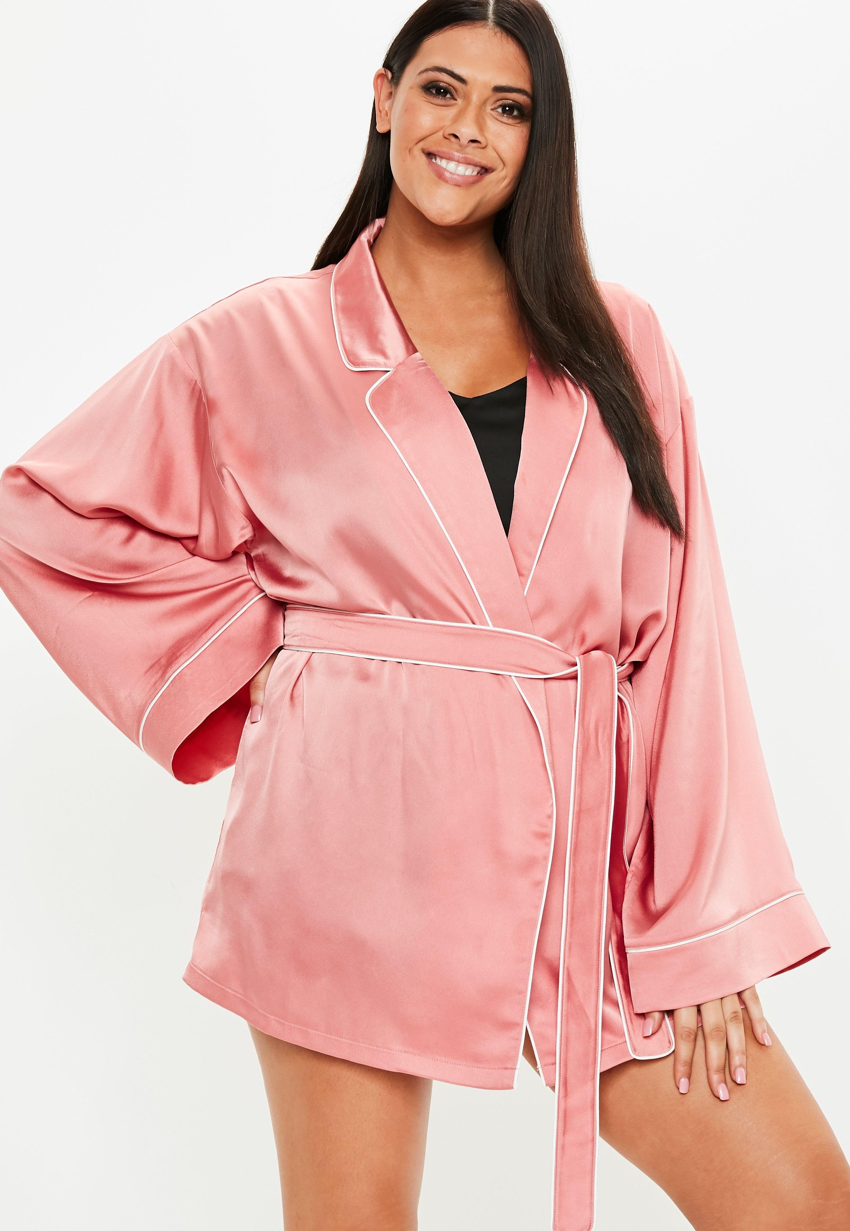 658958f14e Women s Dressing Gowns   Satin Robes - Missguided
