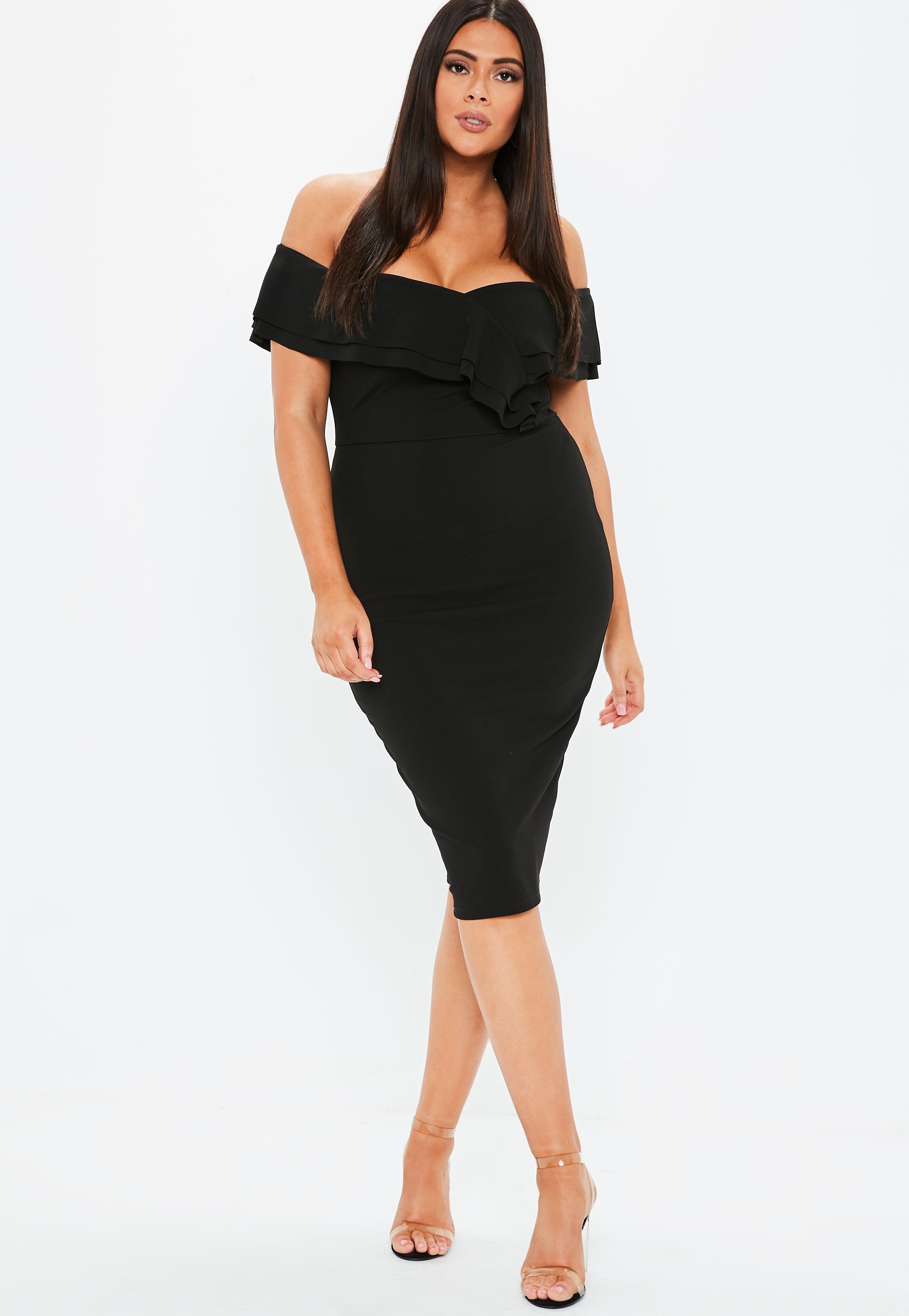 477ab0fa8d Plus Size Czarna sukienka midi z falbanką