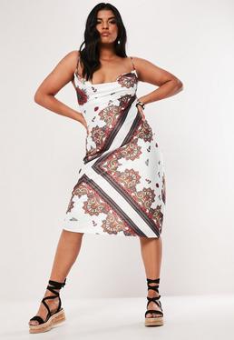 White Short V-Neck Feather Dress