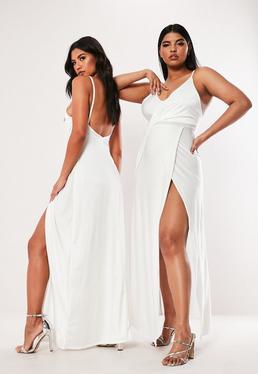 63d725c728 Plus Size Biała sukienka na ramiączkach