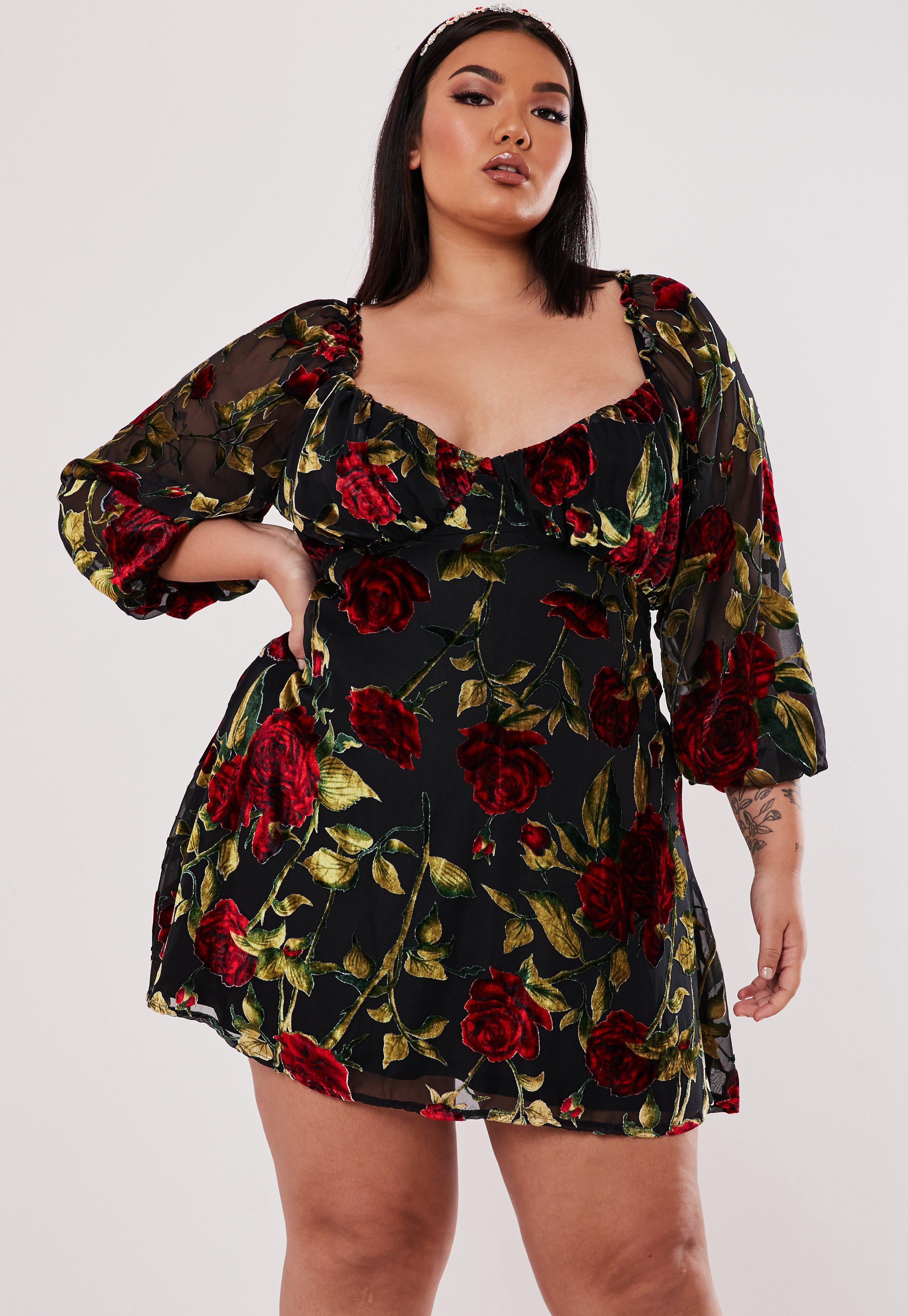Plus Size Black Velvet Floral Skater Dress
