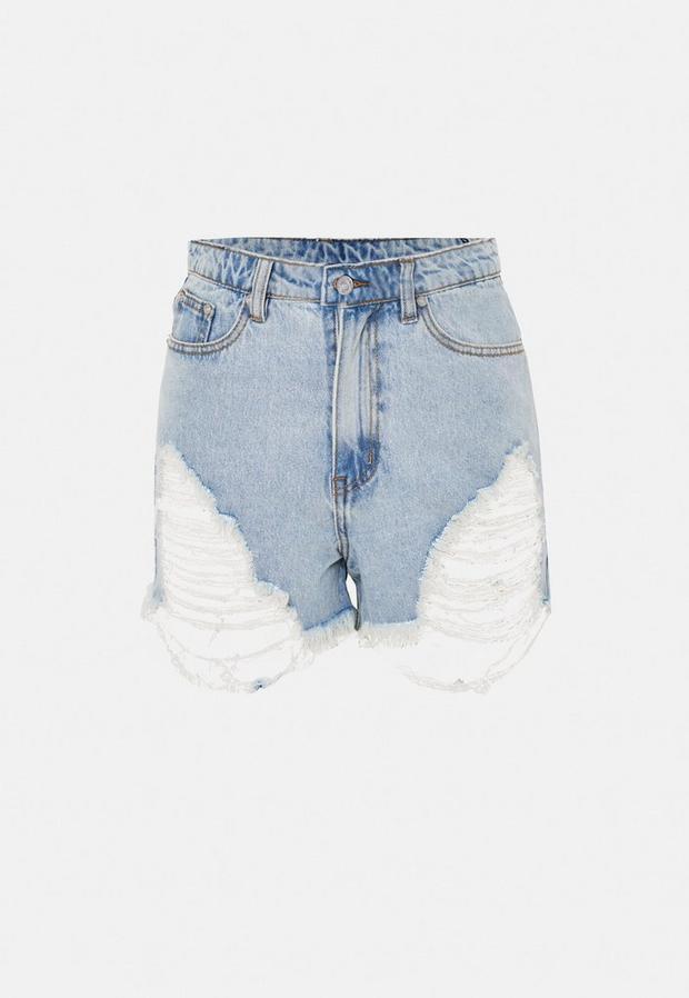 Artikel klicken und genauer betrachten! - Plus Size High-Waist Jeans-Shorts im Distressed-Look in Hellblau   im Online Shop kaufen