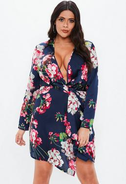 8f908eeaa7a Plus Size Navy Floral Twist Front Dress