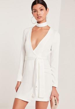 Robe blanche cache-coeur ras du cou et taille nouée tall