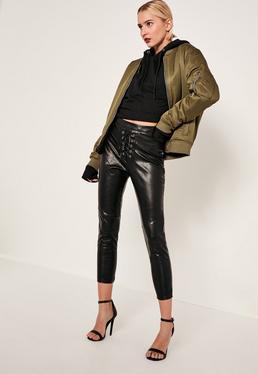 Pantalon noir en simili cuir taille haute avec lacets collection Tall