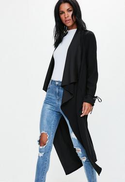 Czarny kaskadowy długi płaszcz exclusive dla wysokich kobiet