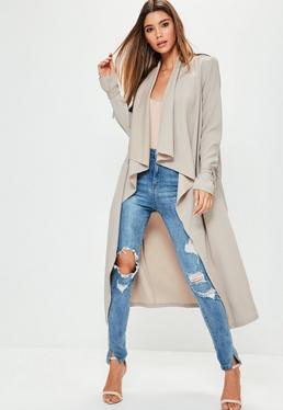 Beżowy kaskadowy płaszcz z ozdobnymi wiązaniami exclusive dla wysokich kobiet