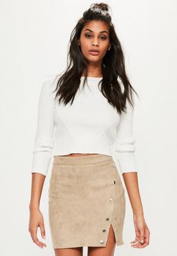 Beżowa ekskluzywna zamszowa spódniczka mini z ozdobnymi zatrzaskami
