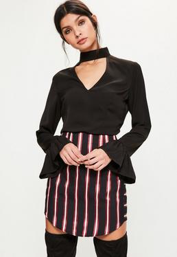 Czarna bluzka exclusive z chokerem i falbankami na rękawach dla wysokich kobiet