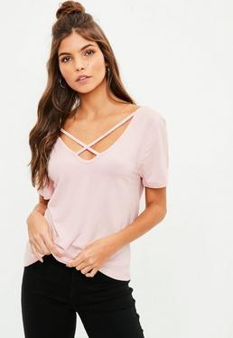 Camiseta tall con escote en v de tiras cruzadas en rosa