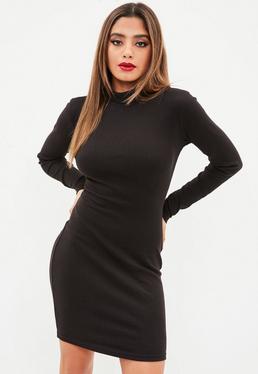 Tall Czarna sukienka z zabudowanym dekoltem