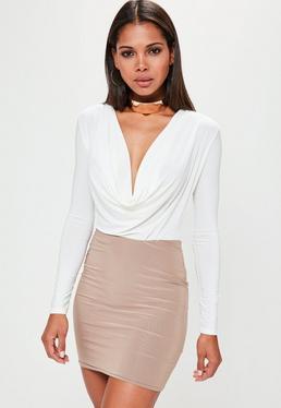 Body tall con escote holgado de manga larga en blanco