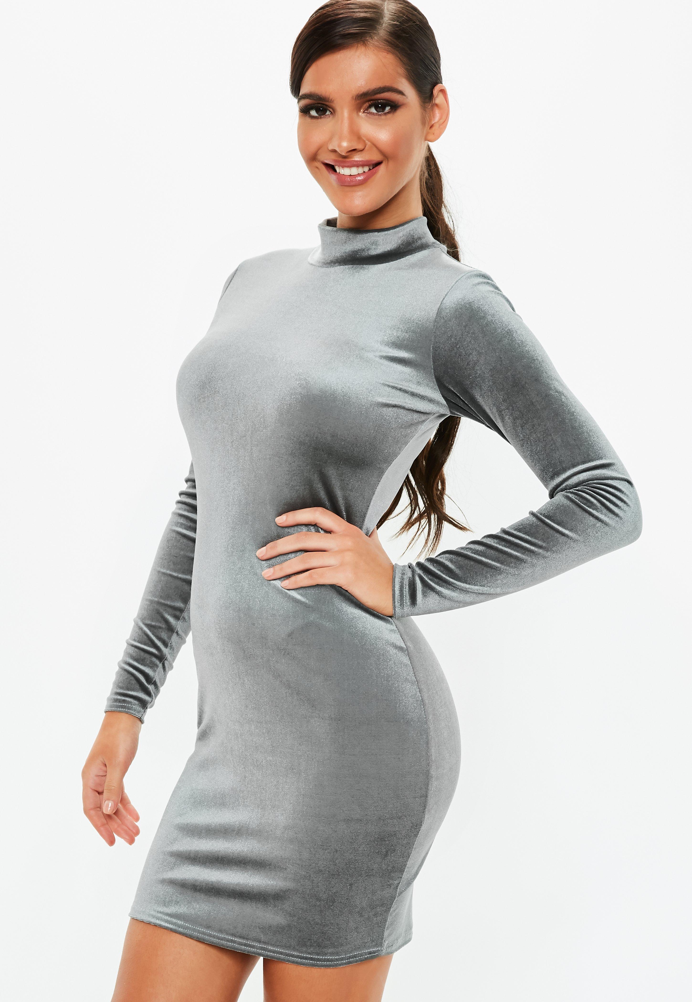 d6c98f1c39 Vestido corto tall de cuello alto de terciopelo en gris | Missguided