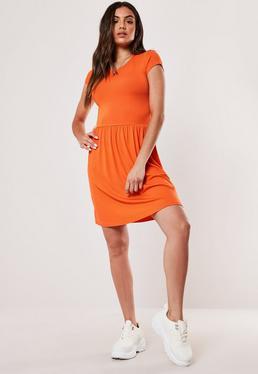 4cdbe0b1b455 Skater Dresses Online | Fit & Flare Dresses - Missguided Australia