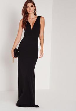 Vestido petite largo con escote en v pronunciado negro