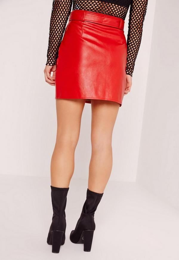 Petite Exclusive Buckle Zip Faux Leather Mini Skirt Red - Missguided