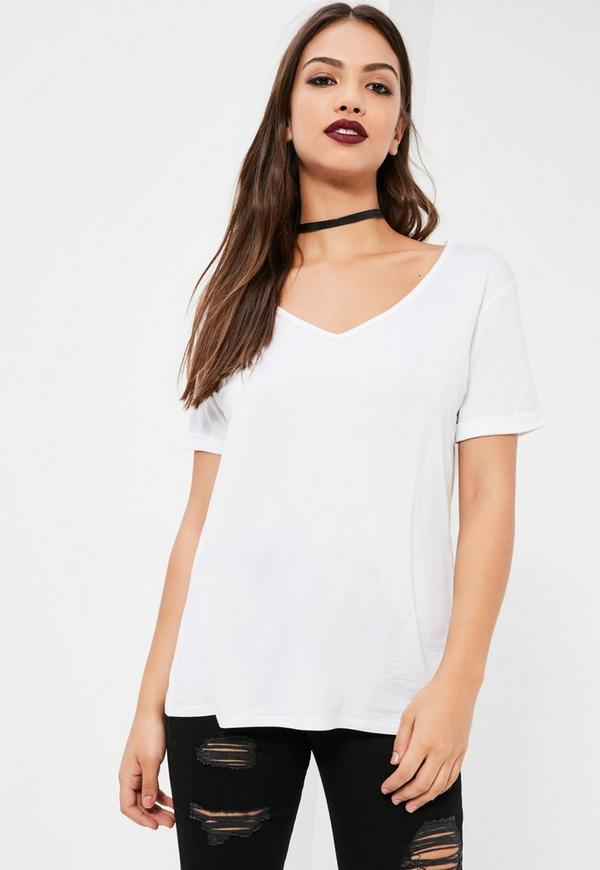 Petite boyfriend v neck t shirt white missguided for White t shirt v neck
