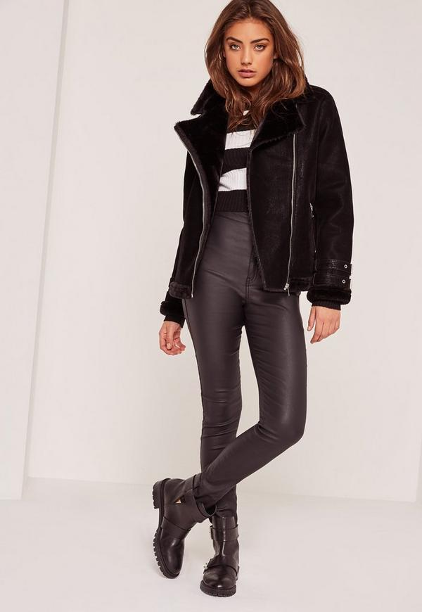 Petite veste fourrure noire