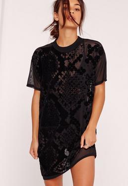 Mesh-T-Shirt-Kleid in Petite-Größe mit beflocktem Schlangenprint in Schwarz