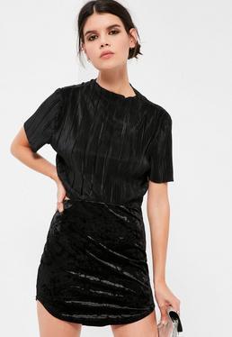 Petite Black Crushed Velvet Curve Hem Mini Skirt