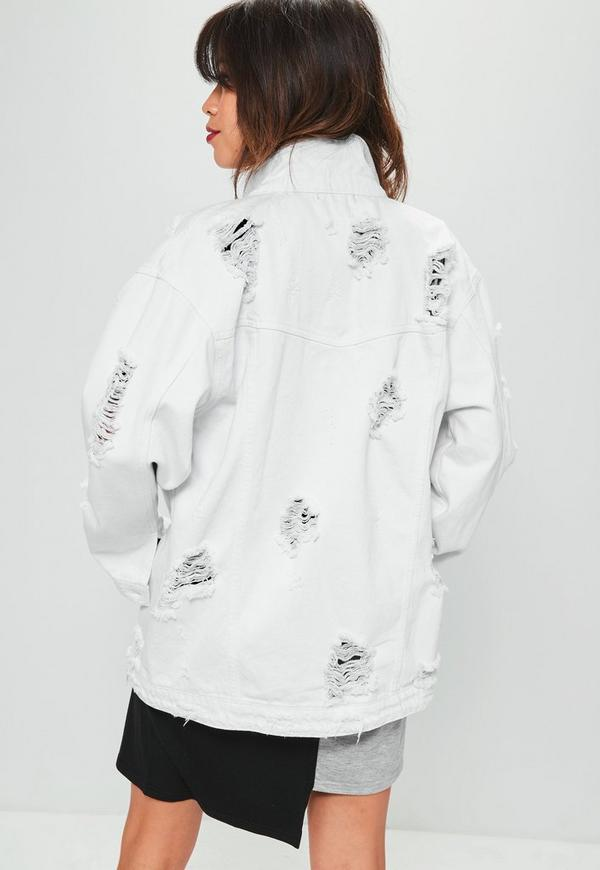 Petite and Elegant Denim Jackets For Women Enjoy a timeless jean jacket look that fits your frame with denim jackets for petites from Banana Republic. Each option in this selection is made slightly smaller in the body and sleeve to better flatter petite women.