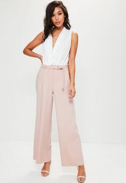 Różowe spodnie z szerokimi nogawkami i ozdobnym paskiem petite