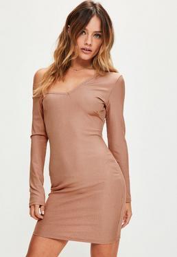 Różowa prążkowana sukienka mini exclusive Petite