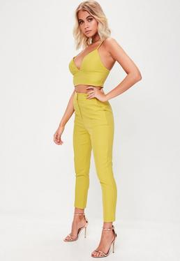 Pantalón de pinzas petite en amarillo