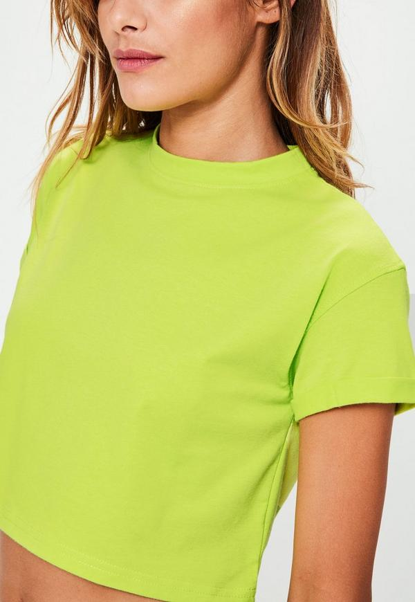petite crop t shirt in neon gr n missguided. Black Bedroom Furniture Sets. Home Design Ideas