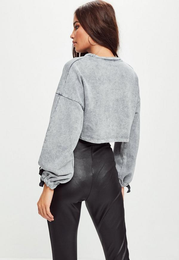 Petite Grey Washed Cropped Sweater | Missguided