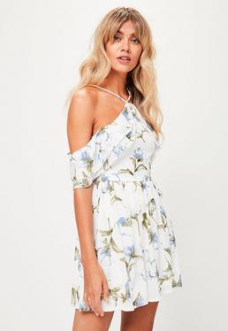 Biała sukienka halter w kwiaty petite