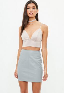 Falda petite de cuero sintético en gris