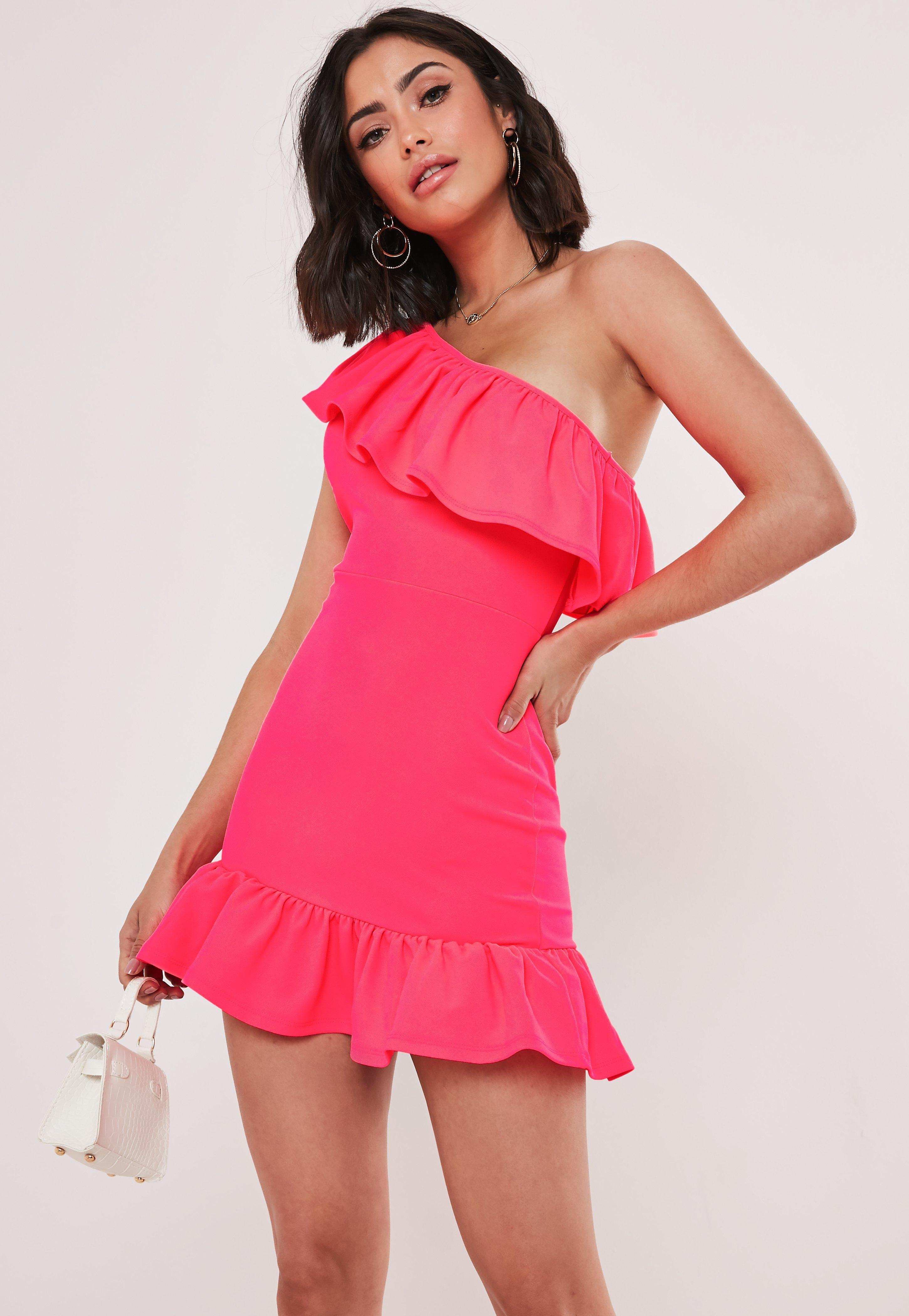 3be5ff3ef012b Pink Dresses | Coral & Hot Pink Dresses - Missguided