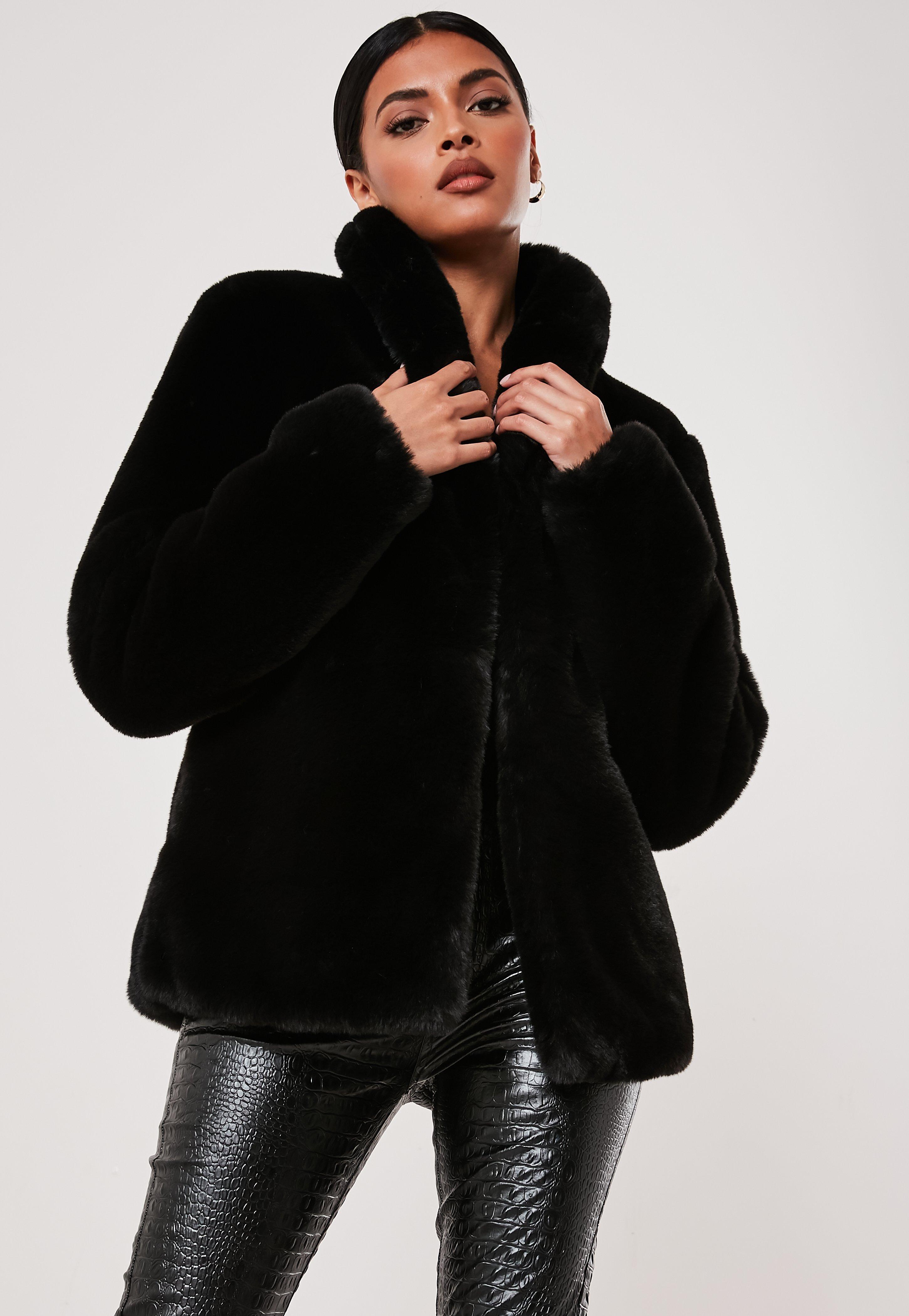 check-out a9eec 97553 Manteau noir avec col chà¢le en fourrure synthétique Petite