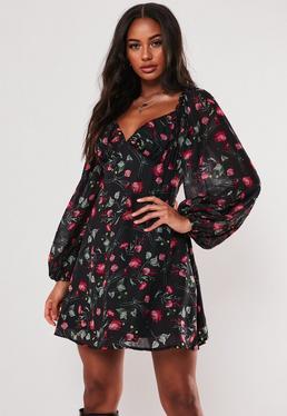 Черное платье-фигуристка Milkmaid с цветочным принтом